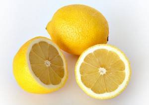 escuchado los diferentes usos del limón exceden el campo de la